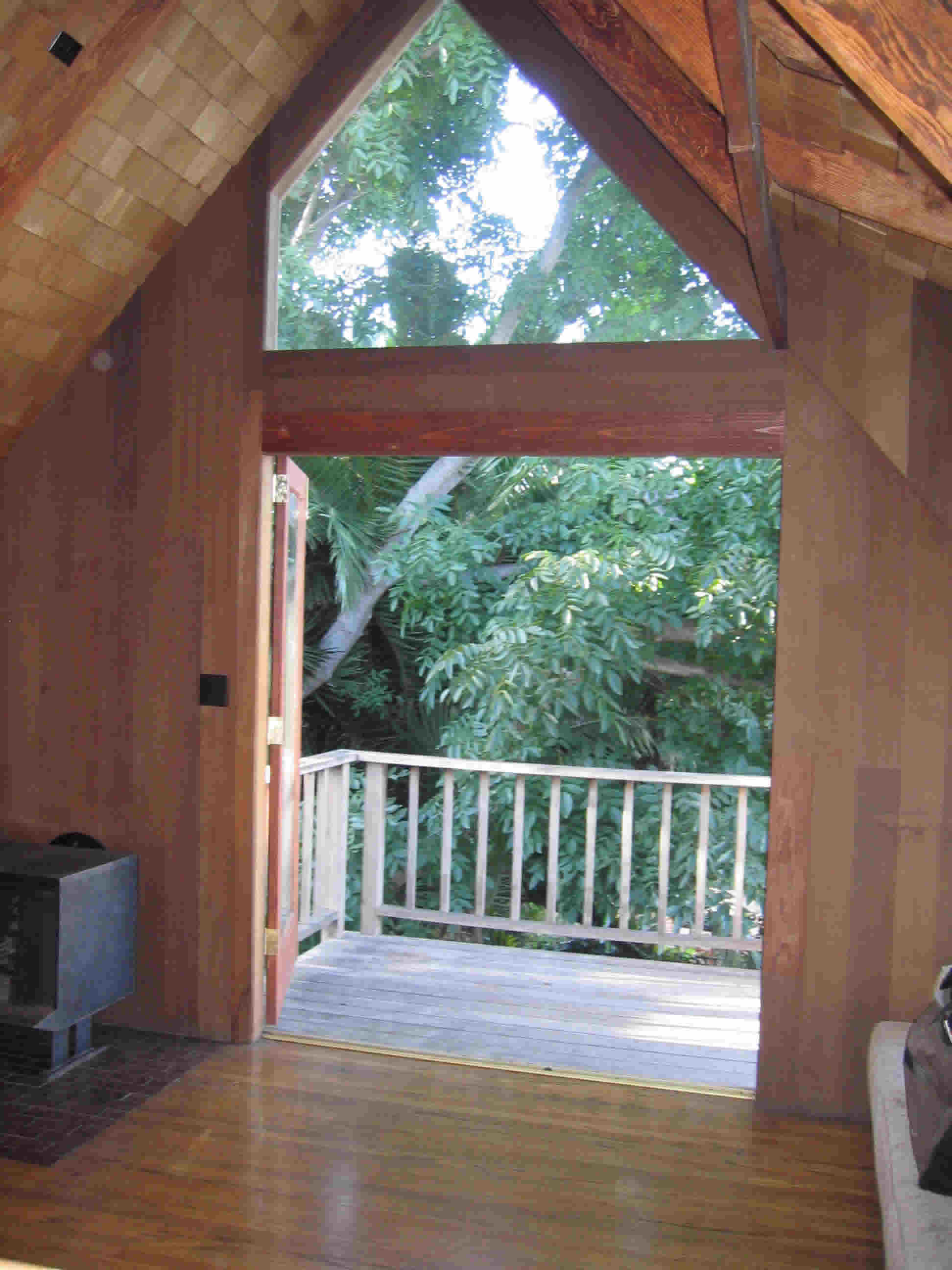 treehouse-front.jpg